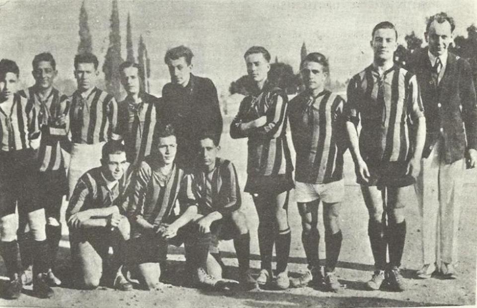 The Greek football teams of Istanbul