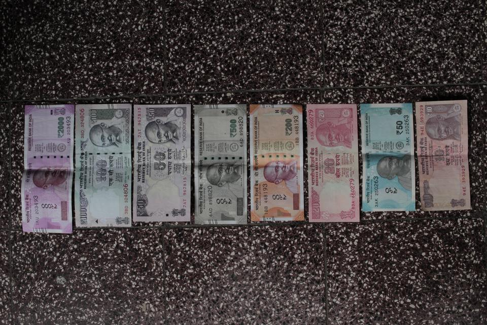 The new banknotes have raised lines to guide blind people, but critics say they erode after some use, unlike previous banknotes.