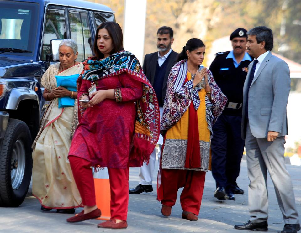 housewife in india and pakistan Jadhav was arrested in pakistan's balochistan province over charges of alleged involvement in espionage and subversive activities for india's intelligence agency - the research and analysis wing (raw.