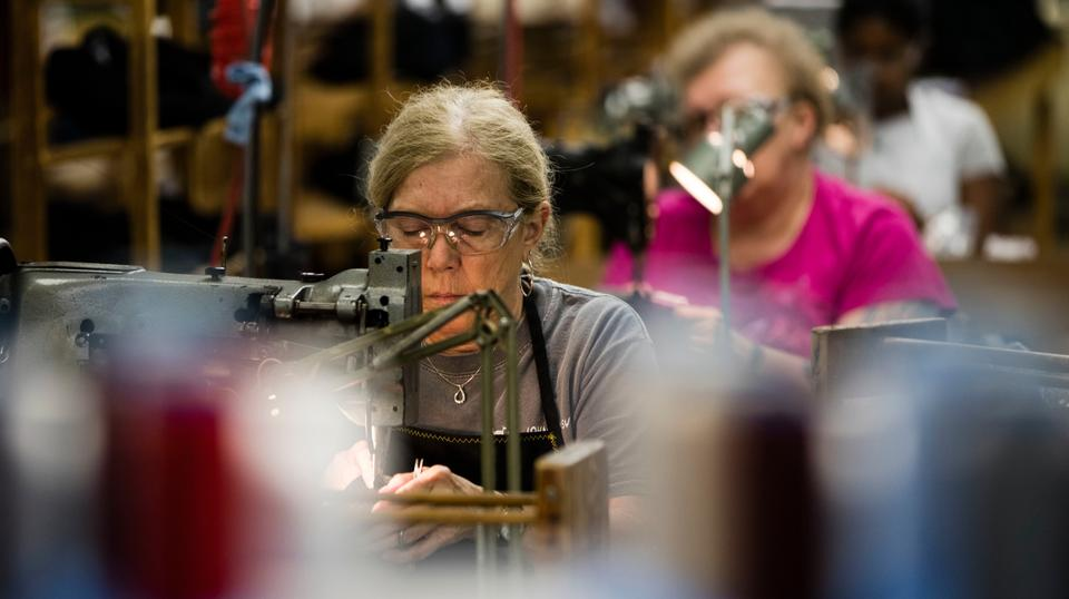 Garment manufacturers in the US are facing difficulty in finding new recruits as aging seamstresses retire.