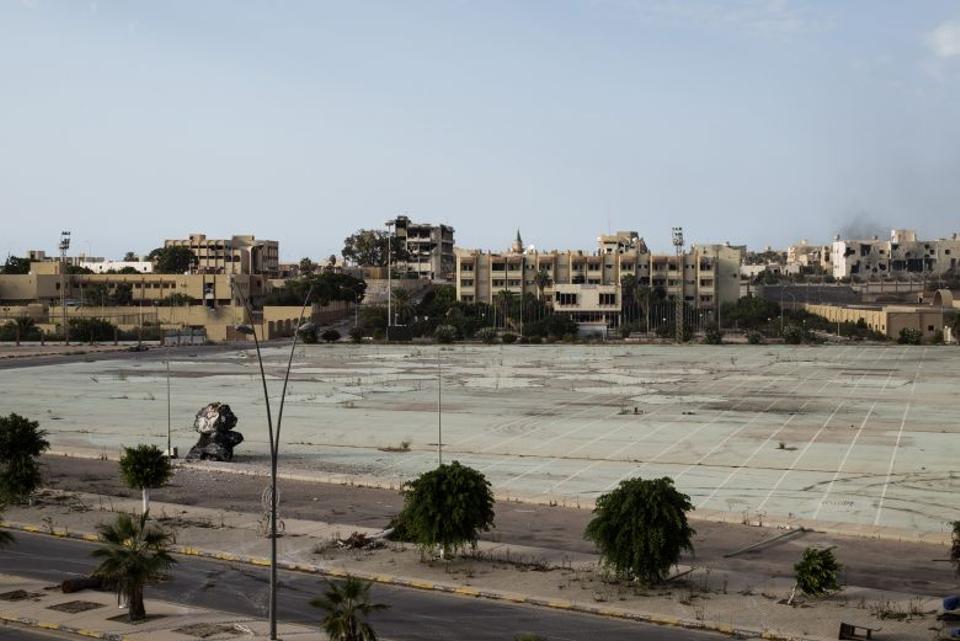 A landscape of destroyed buildings in Sirte, Libya, on September 21, 2016. (AFP)
