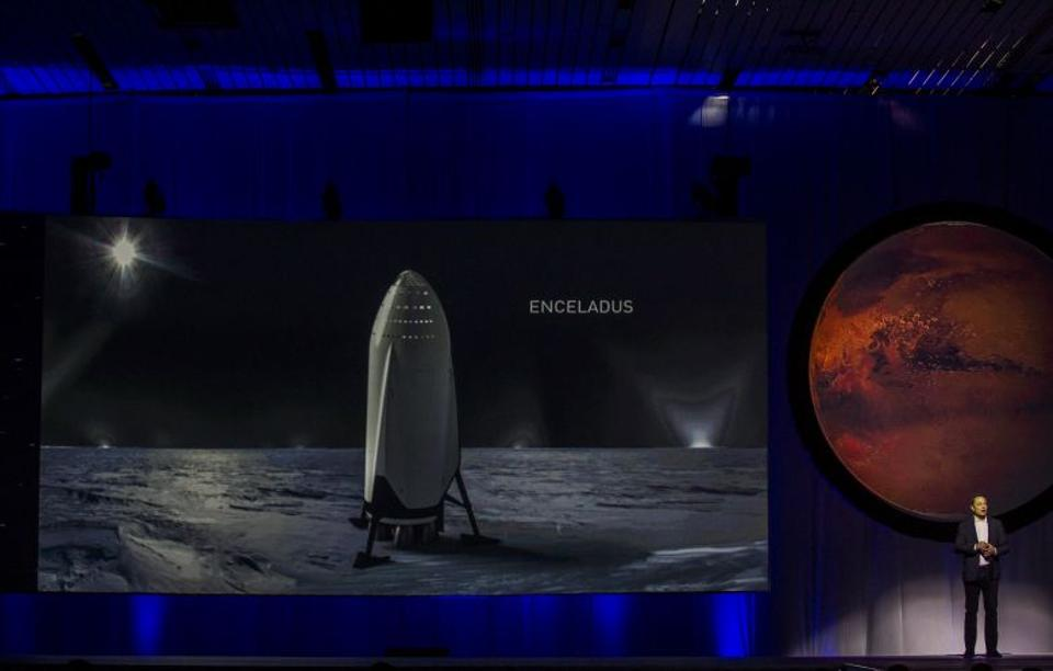 Elon Musk unveils plans of colonising Mars during the 67th International Astronautical Congress in Guadalajara, Mexico on September 27, 2016. Source: AFP