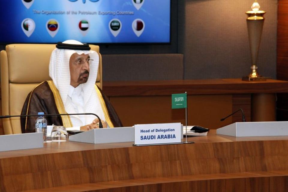 Saudi Arabia's Energy Minister Khalid al-Falih attends an informal meeting between members of the Organization of Petroleum Exporting Countries, OPEC, in the Algerian capital Algiers, on September 28, 2016.