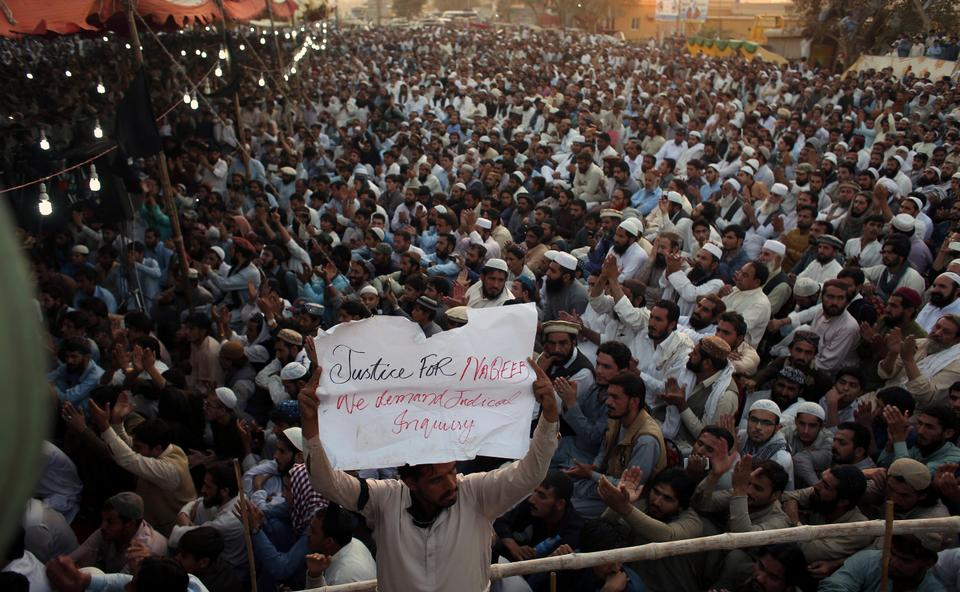 People rally to condemn the killing of 27-year-old Naqeeb Ullah Mehsud, in Karachi, Pakistan, on January 25, 2018. Thousands of Pakistanis, led by the Pashtun Tahafuz Movement, are rallying in major cities to demand the arrest of a police commander charged with killing the aspiring model.