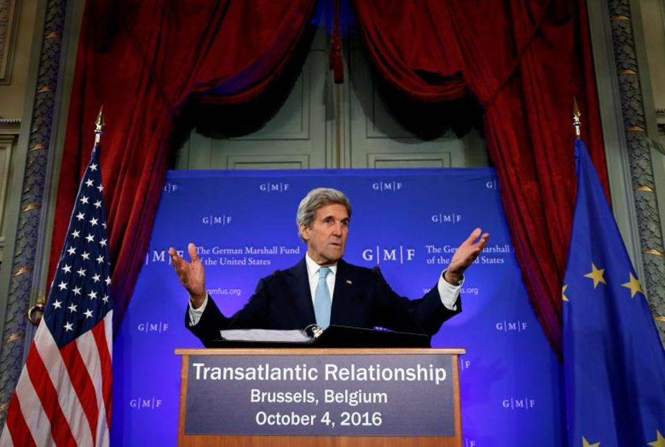 US Secretary of State John Kerry delivers a speech on the transatlantic relationship at the Concert Noble in Brussels, Belgium, October 4, 2016.