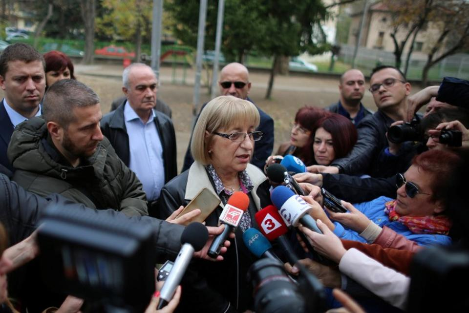 Tsetska Tsacheva, presidential candidate of the Bulgaria's ruling centre-right GERB party talks to the media after casting her vote at a polling station in Pleven, Bulgaria, November 6, 2016. (Reuters)