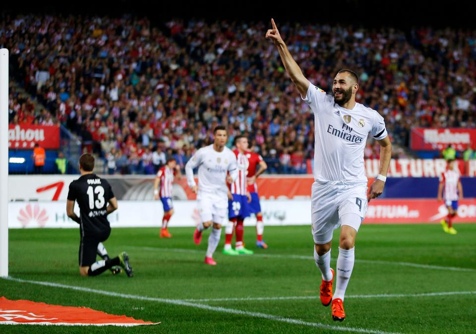French footballer and Real Madrid striker Karim Benzema faced the wrath of far-right after he expressed his love for Algeria, the country of his parents.