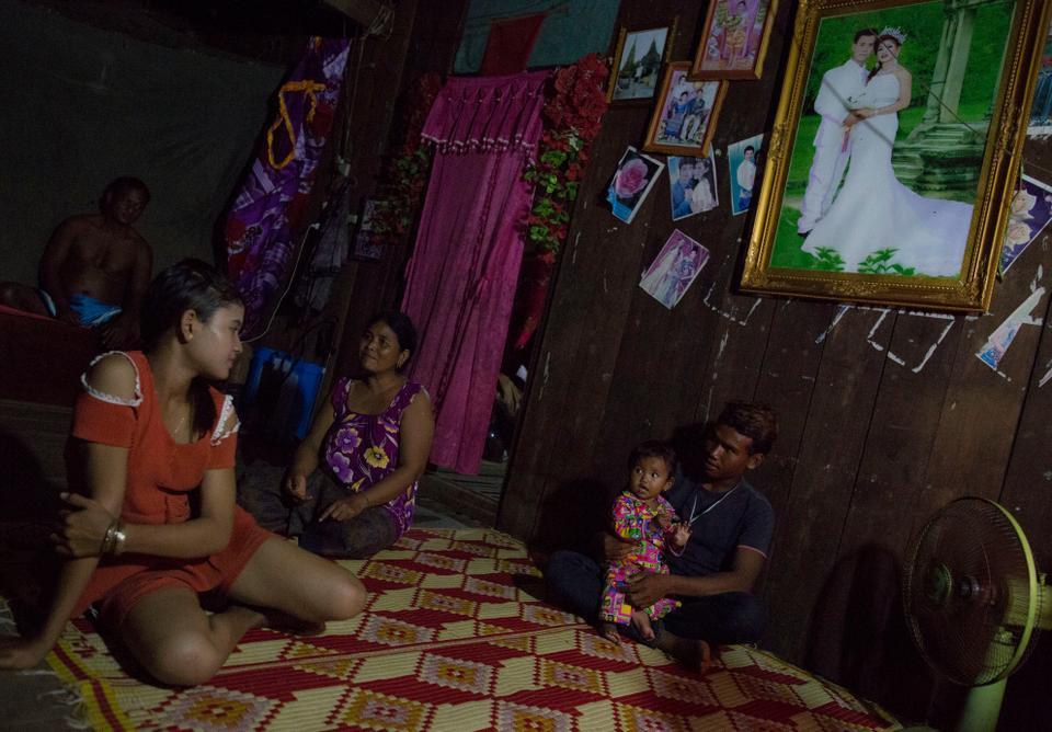 Cambodian teen for marriage, beutiful teens nude