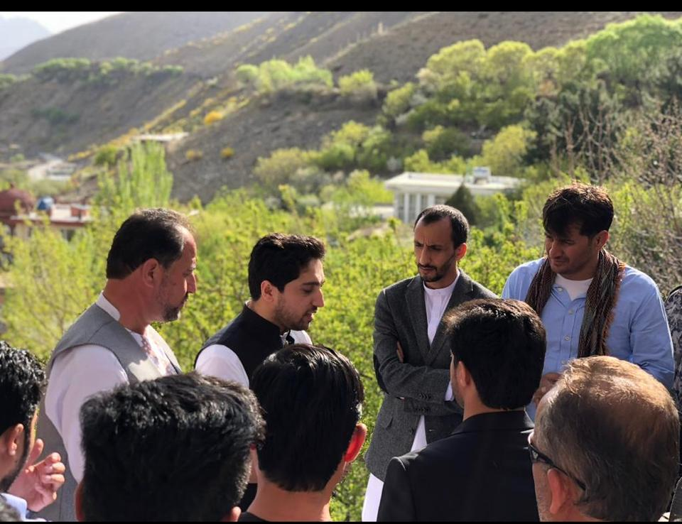 Ahmad Massoud talking to local residents in Panjshir valley.