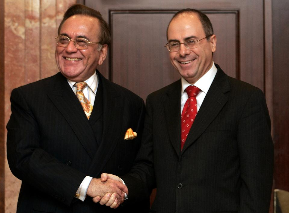 Pakistan's former foreign minister Khurshid Kasuri met his Israeli counterpart Silvan Shalom in Istanbul on September 1, 2005, in a meeting that was seen as historic.