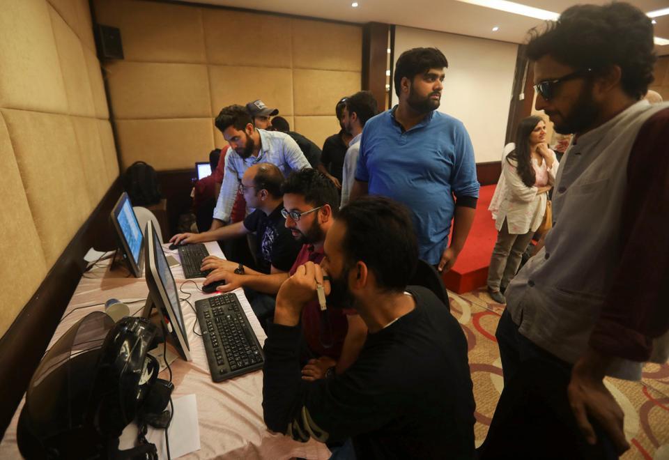 مقبوضہ کشمیر:خبروں کے قحط سے صحافی پریشان