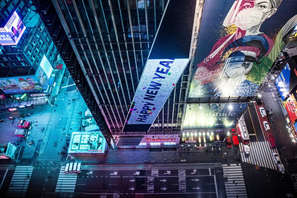 An empty street is seen in Times Square during the virtual New Year's Eve event following the outbreak of the coronavirus disease in the Manhattan borough of New York City, New York, US, December 31, 2020.